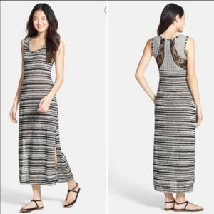 🔴 Jessica Simpson's. M Tiffani Knit Maxi Dress